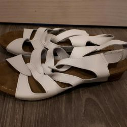 New women's sandals. Leather. P 37
