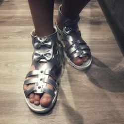 Παιδικά σανδάλια