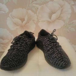 Кроссовки мужские 40 размер. Серый цвет