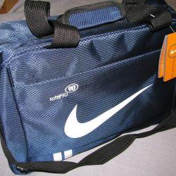 спортивная сумка новая 40*26*19