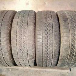 225 60 17 Bridgestone Blizzak LM-18