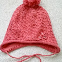 Autumn hat for a girl