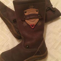 Boots of the Spanish brand Garvalin