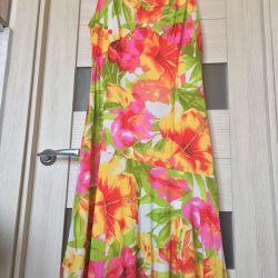 Καλοκαιρινό φόρεμα με λουλούδια