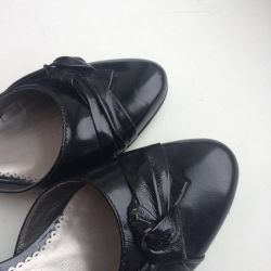 Varnish shoes genuine leather 38 times new