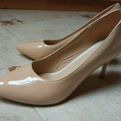 Pantofi noi 41-42 r