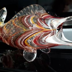 COLORED GLASS VASE-FISH
