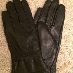 Перчатки женские, кожа