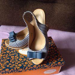 Sandale arcul cu toc cu rachita