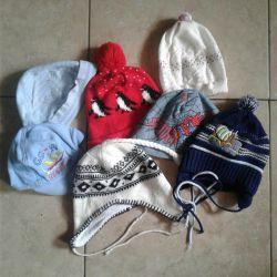 Un buchet de pălării de 1-3 ani