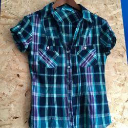 Women's summer shirt