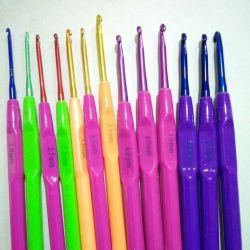 Cârlige de croșetat de 2-4 mm