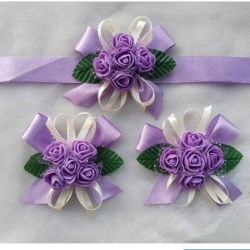 boutonniere on hand for bridesmaids