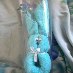 Bir tavşanın hediyesi yeni.