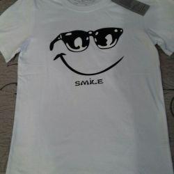 Un set de tricouri noi pentru vacanță, fotografiere