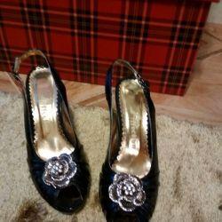 Pantofi noi 37razm