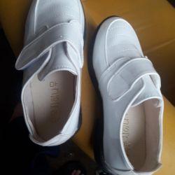 Туфли лакированные новые