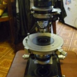 Εργαστηριακό μικροσκόπιο