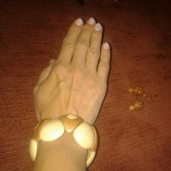 Set new: bracelet and earrings (wood)