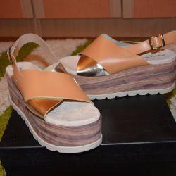 Новые босоножки бренда Fornarina Италия