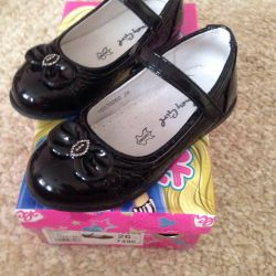 Children's shoes for girls