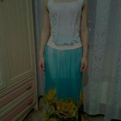Ένα νέο πολύ όμορφο φόρεμα-sarafan.