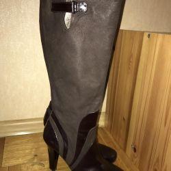 Napoleoni boots, Italy