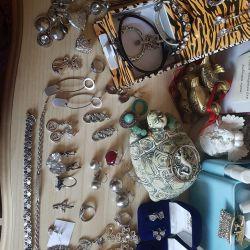 Jewelery, silver