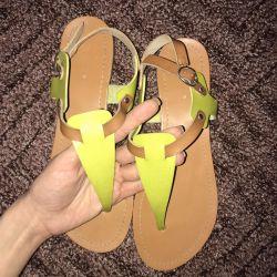 Yaz sandalet