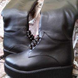 Χειμερινές μπότες (πολλά πράγματα και παπούτσια)