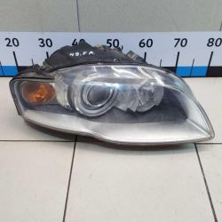 Headlight right Audi A4 B7