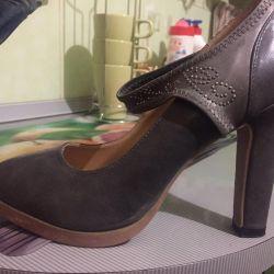 Παπούτσια 100 ρούβλια