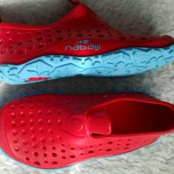 Pantofi din cauciuc pentru înot 21p