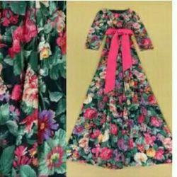 Όμορφο μακρύ φόρεμα