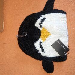 Noua pălărie de pinguini