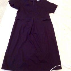 Hamileler için elbiseler.