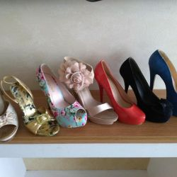 Lots of shoes for 38 sizes