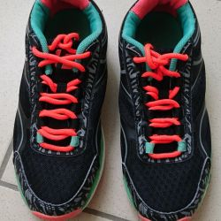 Black sneakers with bright laces p 36