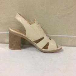 Women's sandals with heels