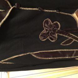 Çiçek aplikeli siyah ceket