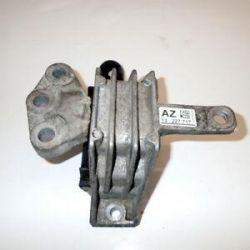 Опора двигуна права Опель Інсигнії 13227717