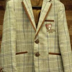 Bir erkek çocuk için uygun (kulüp ceketi) 140-146cm
