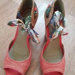Sandals on a wedge, Brazil, are shod 1 times, 39р, a skin