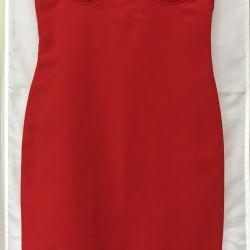 Elbise kırmızı