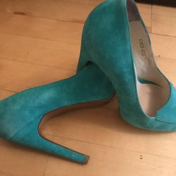 Suede shoes size 37