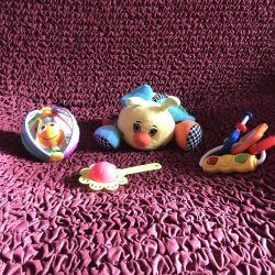 Игрушки для грудничка новорожденного