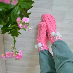 Πλεκτά γυναικεία κάλτσες