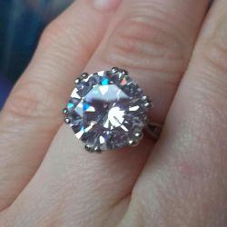 серебряное кольцо фианит