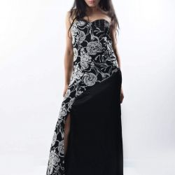 Kesikli Maxi elbise