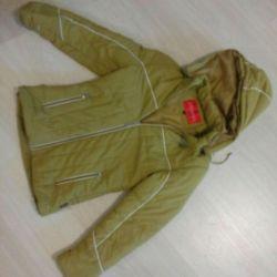 Куртка женская размера М